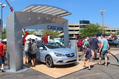 Buick Experience: Custom Elements & Display Signage