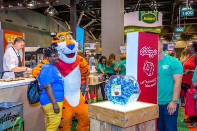 Theming, Costumes, and Celebrity Guests: How to Create a Complete Trade Show Experience