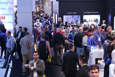 4 Ways to Captivate a Trade Show Audience