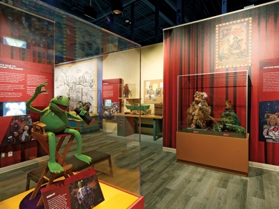 Muppets, Henson celebrated at new museum.
